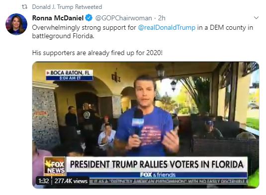 rally1 Trump Tweets Bizarre Pre-Thanksgiving Photoshopped Image Of Himself Donald Trump Politics Social Media Top Stories